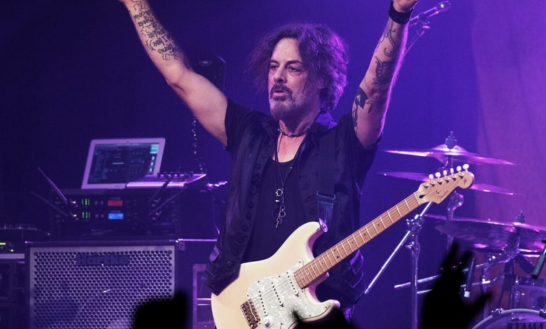 Photo of Richie Kotzen's New Single During Quarantine 'Raise The Cain'