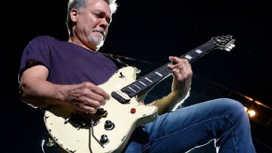 Photo of The Music and Guitar World Mourn the Passing of Eddie Van Halen